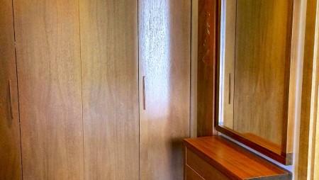 medzio-masyvas-prieskambario-baldai-450x254